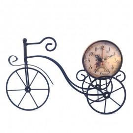 Tricicleta decorativa cu ceas