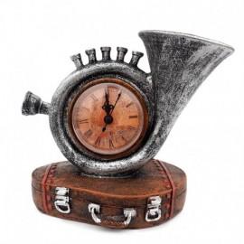Trompeta cu ceas pe suport geamantan