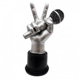 Mana cu microfon
