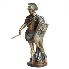 Soldat roman cu scut