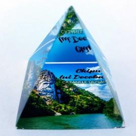 Piramida sticla - Cazanele Dunarii (4x4 cm)