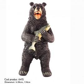 Urs cu peste