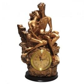Statuie cu ceas