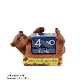 Urs culcat cu calendar